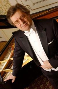 肖赛评委,彼得·帕莱齐内,肖赛评委彼得·帕莱齐内,波兰钢琴教授彼得·帕莱齐内