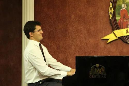 艺术留学广场,钢琴大师课,钢琴公益课,波兰音乐学院,肖邦音乐大学,波兹南音乐学院