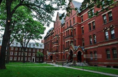 美国留学生,哈佛大学,移民局,留学生指南,美国移民和海关执法局